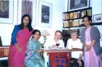 With Elizebeth Jolly - Aus Novelist, Mallicka Seng .